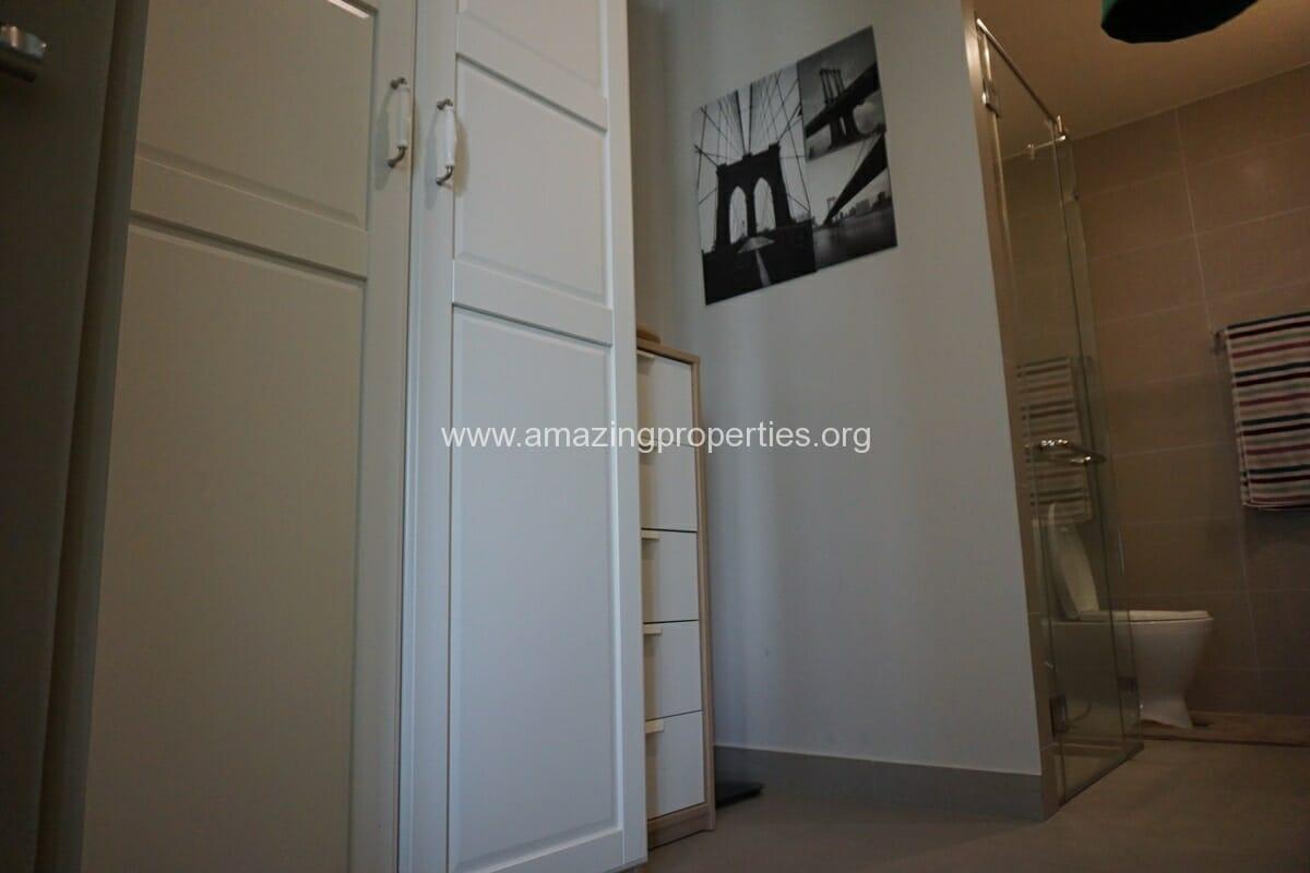 Noble Ploenchit Studio for Rent-7