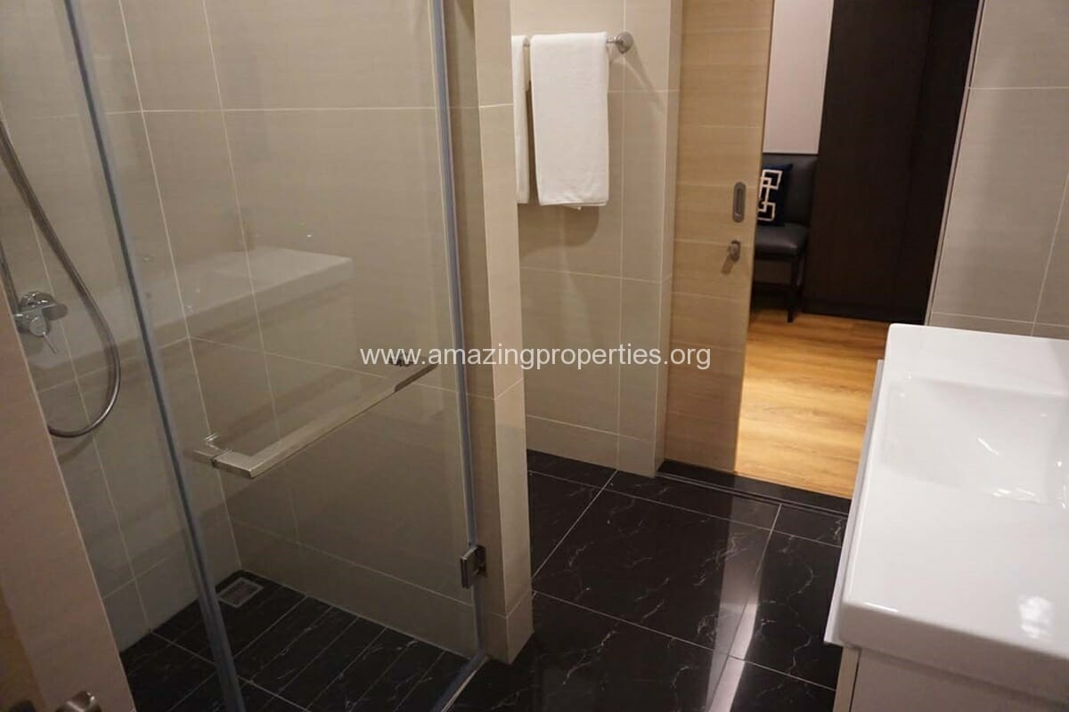 Park 24 Phrom Phong 1 Bedroom Condo-4