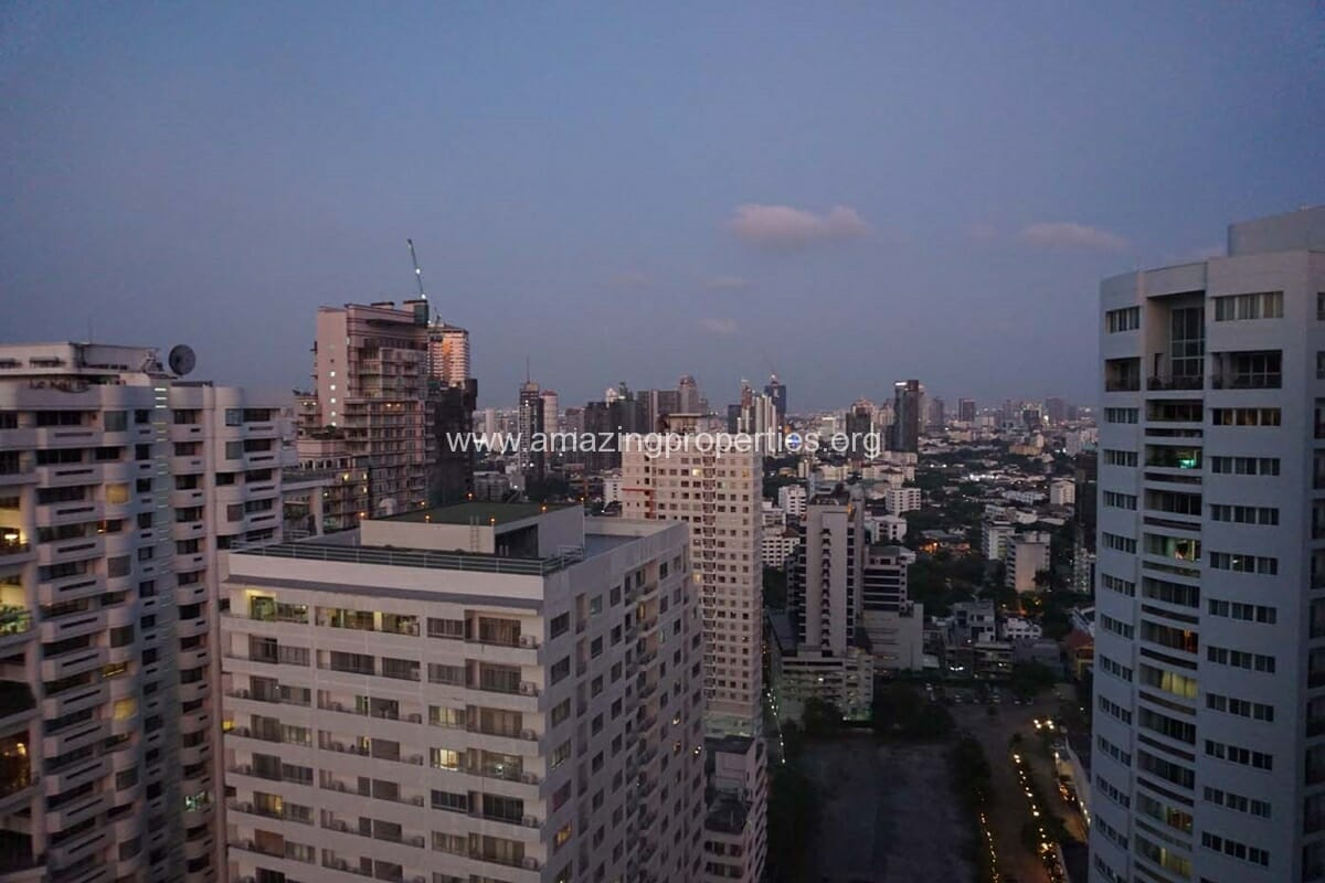 Park 24 Phrom Phong 1 Bedroom Condo-8