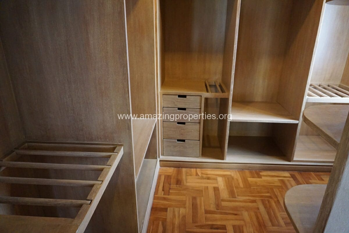 Phrom Phong 4 Bedroom Penthouse for Rent-15