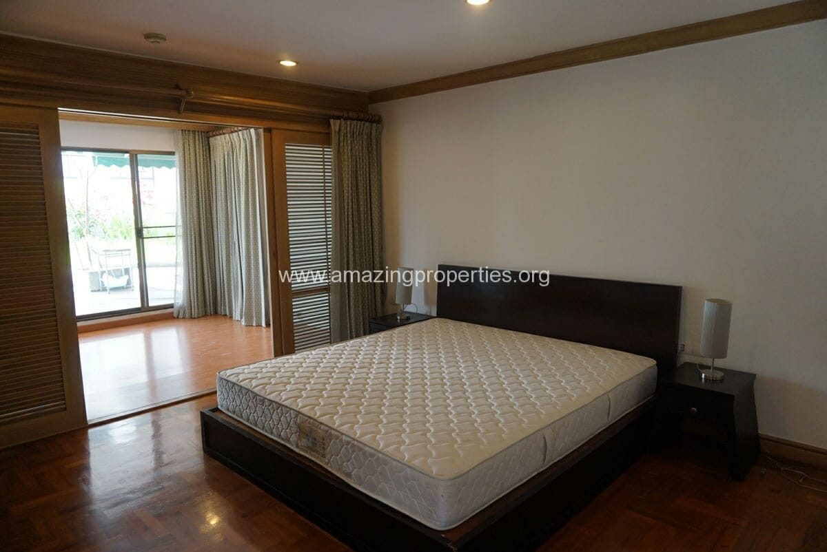 Phrom Phong 4 Bedroom Penthouse for Rent-17
