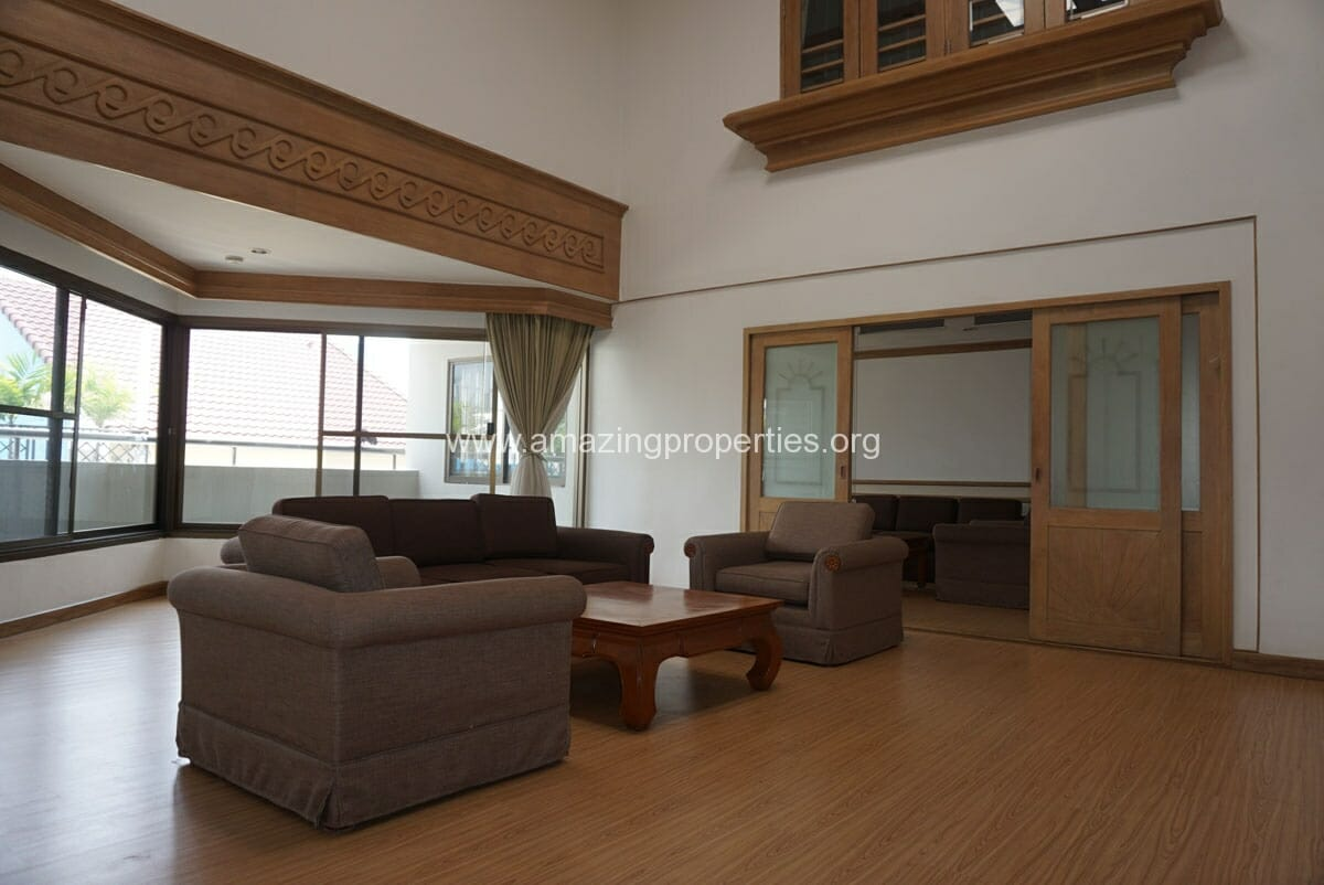 Phrom Phong 4 Bedroom Penthouse for Rent-5