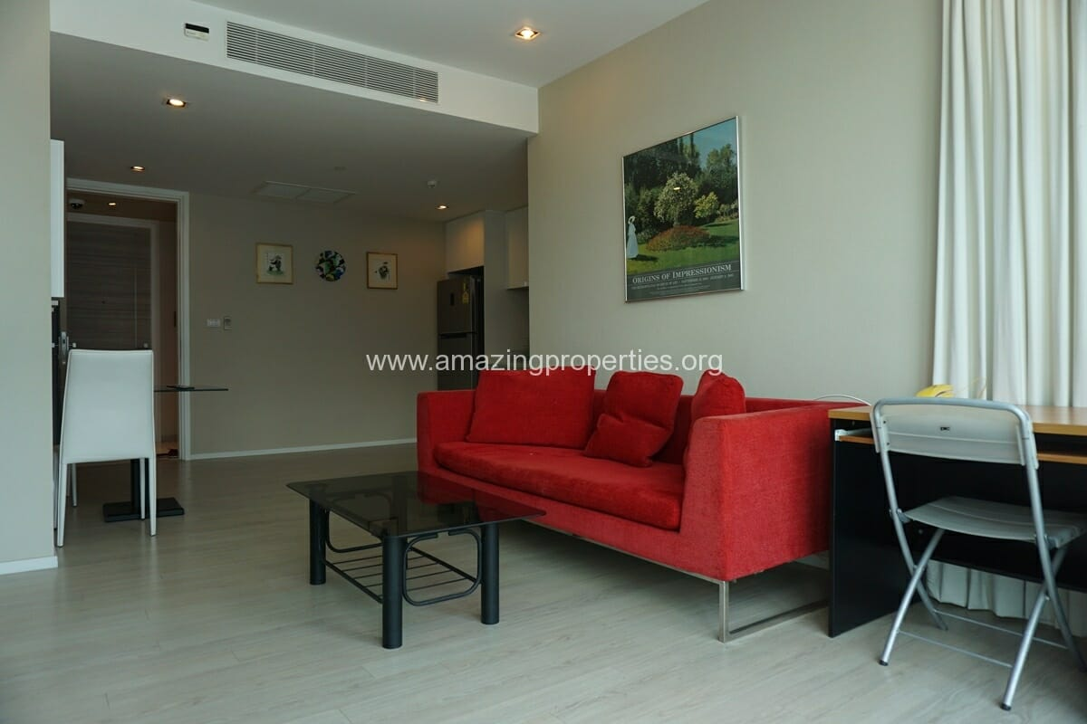 1 Bedroom Condo The Room Sukhumvit 21