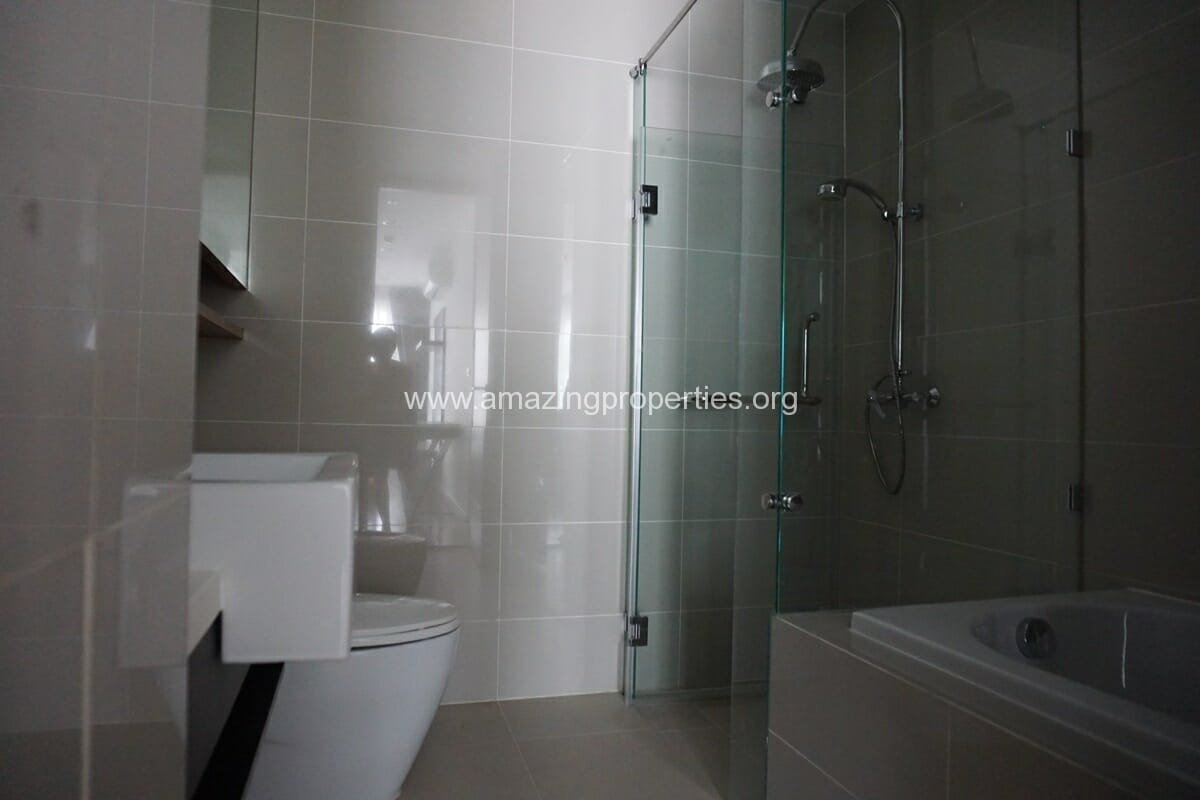 2 Bedroom Condo for Rent 15 Sukhumvit Residence-10