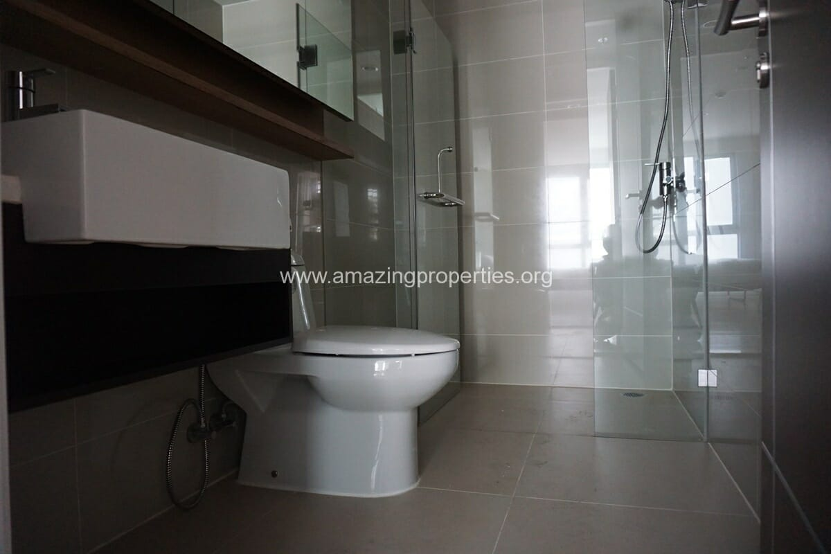 2 Bedroom Condo for Rent 15 Sukhumvit Residence-11