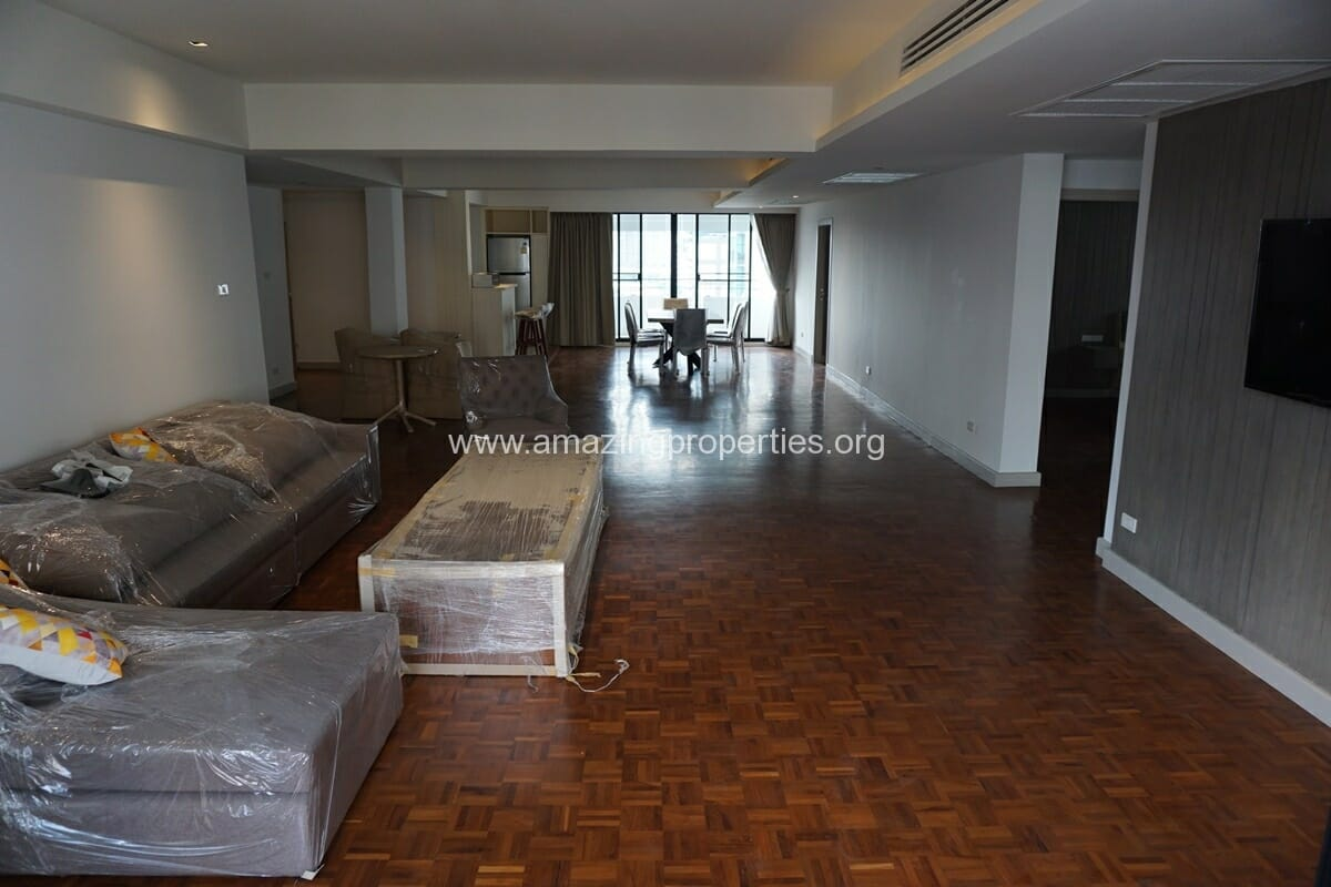 3 Bedroom Apartment for Rent at Villa Bajaj