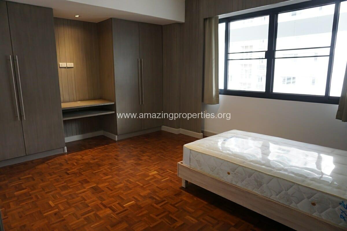 3 Bedroom Apartment for Rent at Villa Bajaj-5