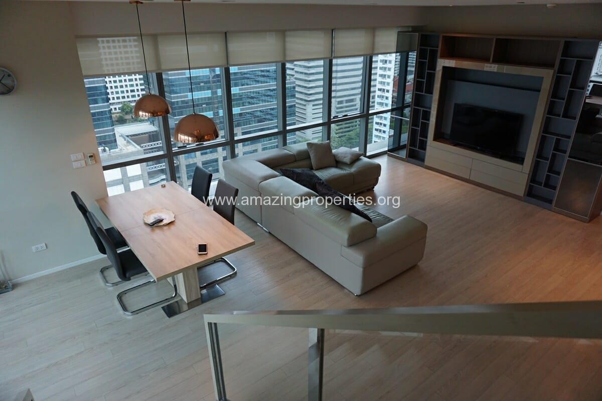 Duplex 2 Bedroom condo for rent at The Room Sukhumvit 21