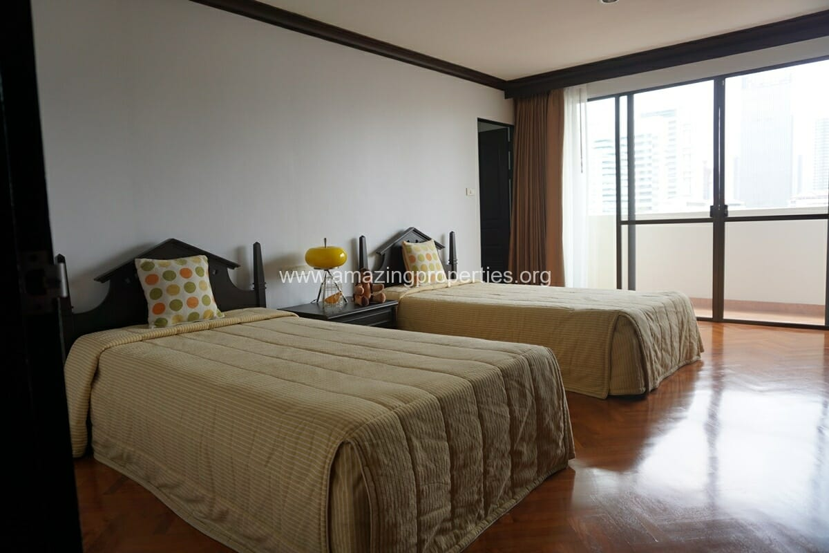 Hawaii Tower 3 Bedroom Apartment For Rent Asoke Amazing Properties