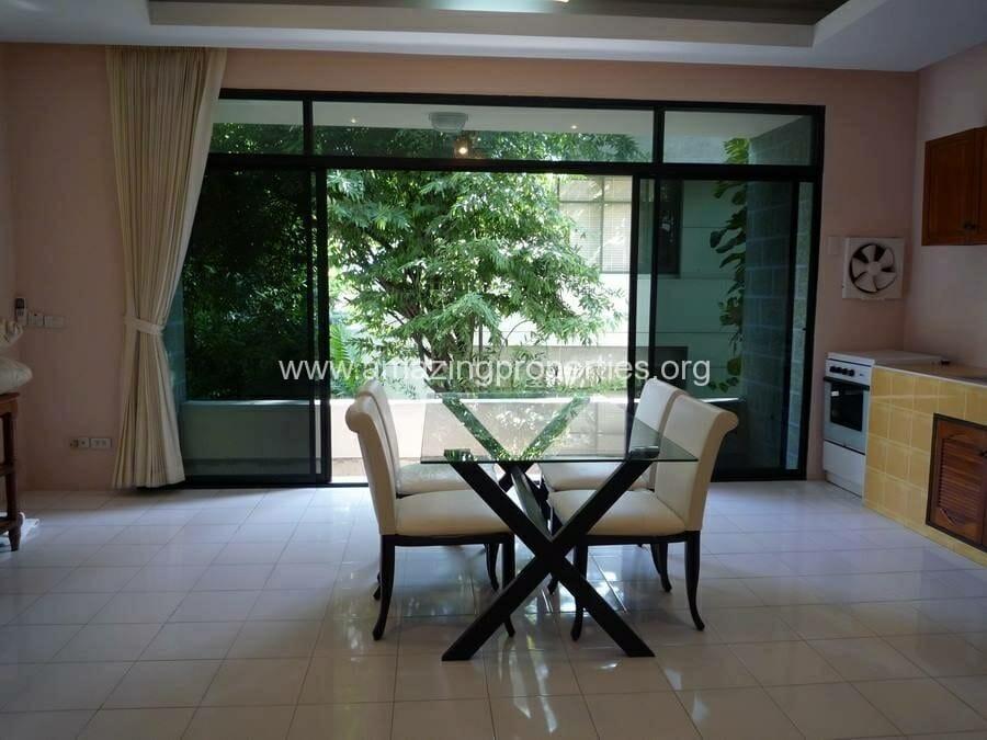 Phrom Phong 3 Bedroom House-4