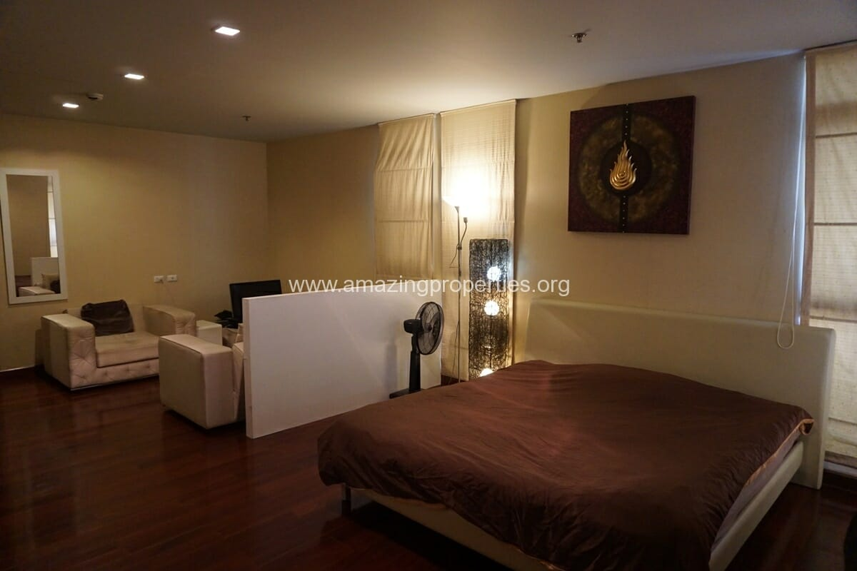 Sukhumvit City Resort Studio for Sale