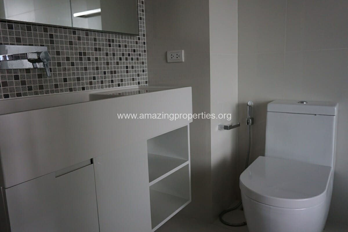 The Room 21 Asoke 1 bedroom Condo(10)
