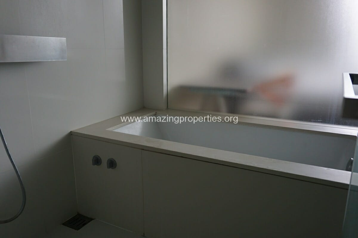 The Room 21 Asoke 1 bedroom Condo(8)