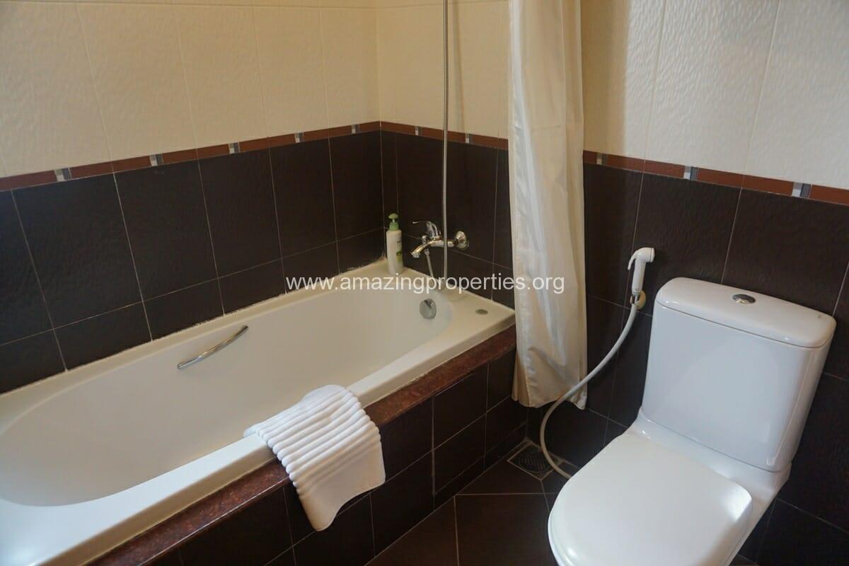 2 Bedroom Apartment for Rent at Esmeralda Apartment (5)