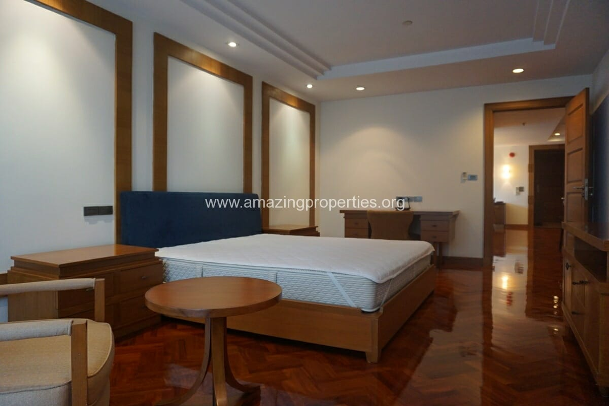 3 Bedroom Apartment for Rent BT Residence (29)