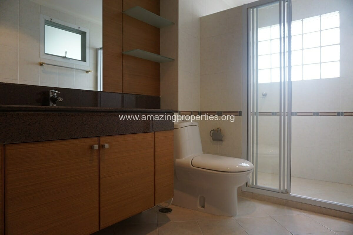 3 Bedroom Apartment for Rent BT Residence (39)
