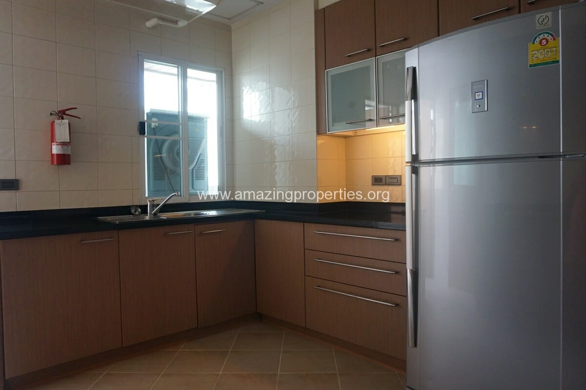 3 Bedroom Apartment for Rent BT Residence (5)