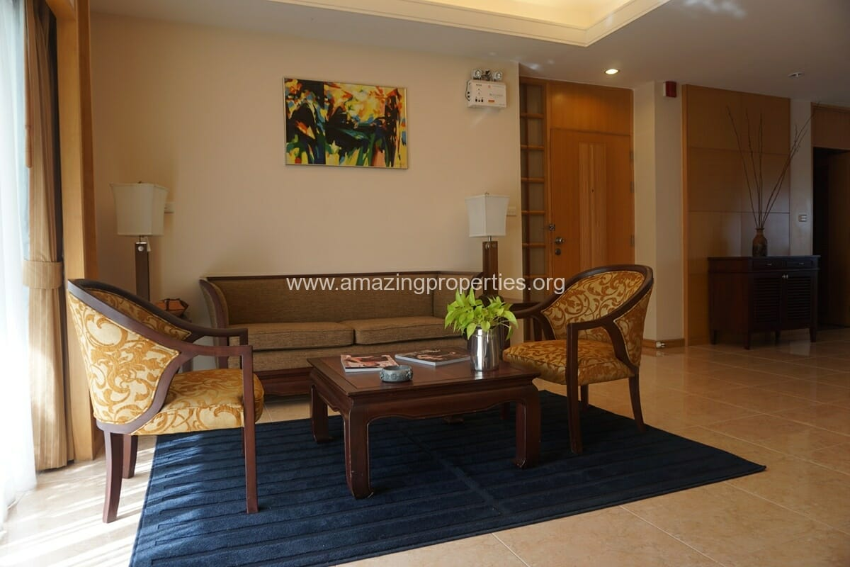 3 Bedroom Apartment for Rent at Esmeralda Apartments