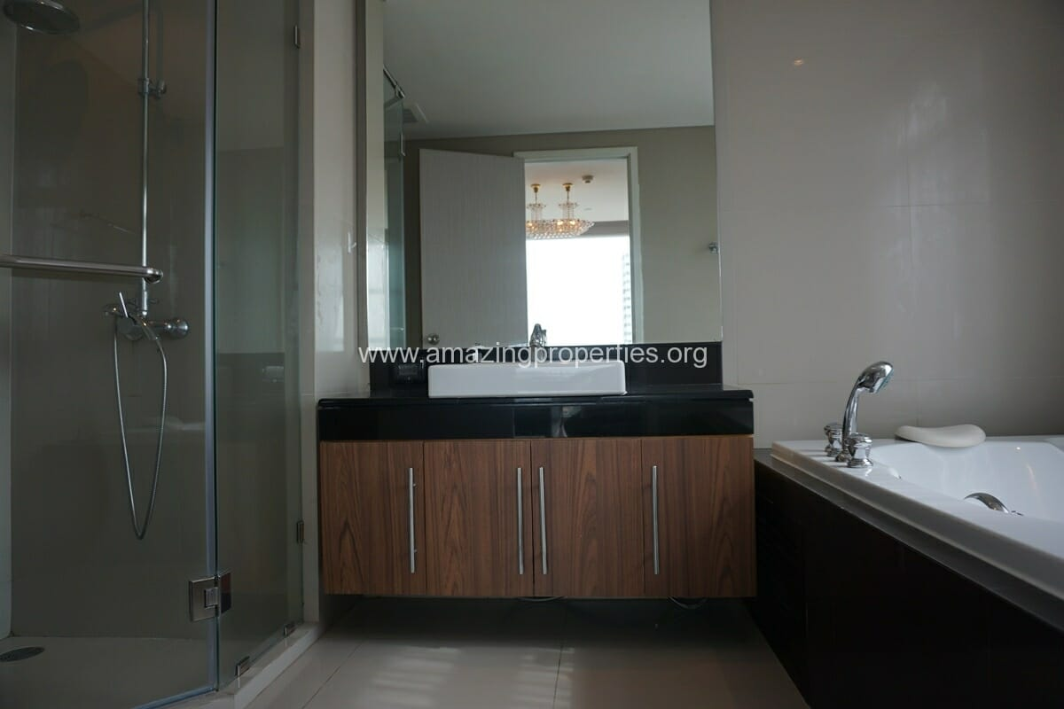 3 Bedroom Condo for Rent at Fullerton Sukhumvit (26)