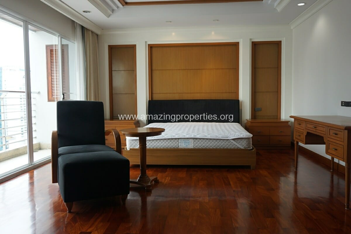 4 Bedroom Apartment for Rent BT Residence (15)