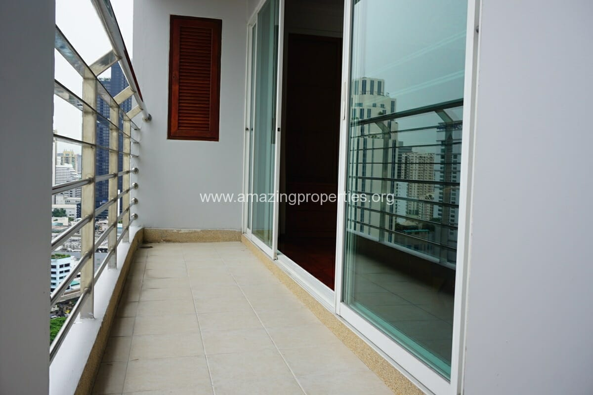 4 Bedroom Apartment for Rent BT Residence (16)