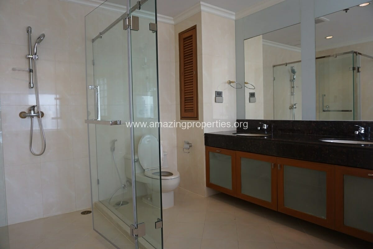 4 Bedroom Apartment for Rent BT Residence (25)