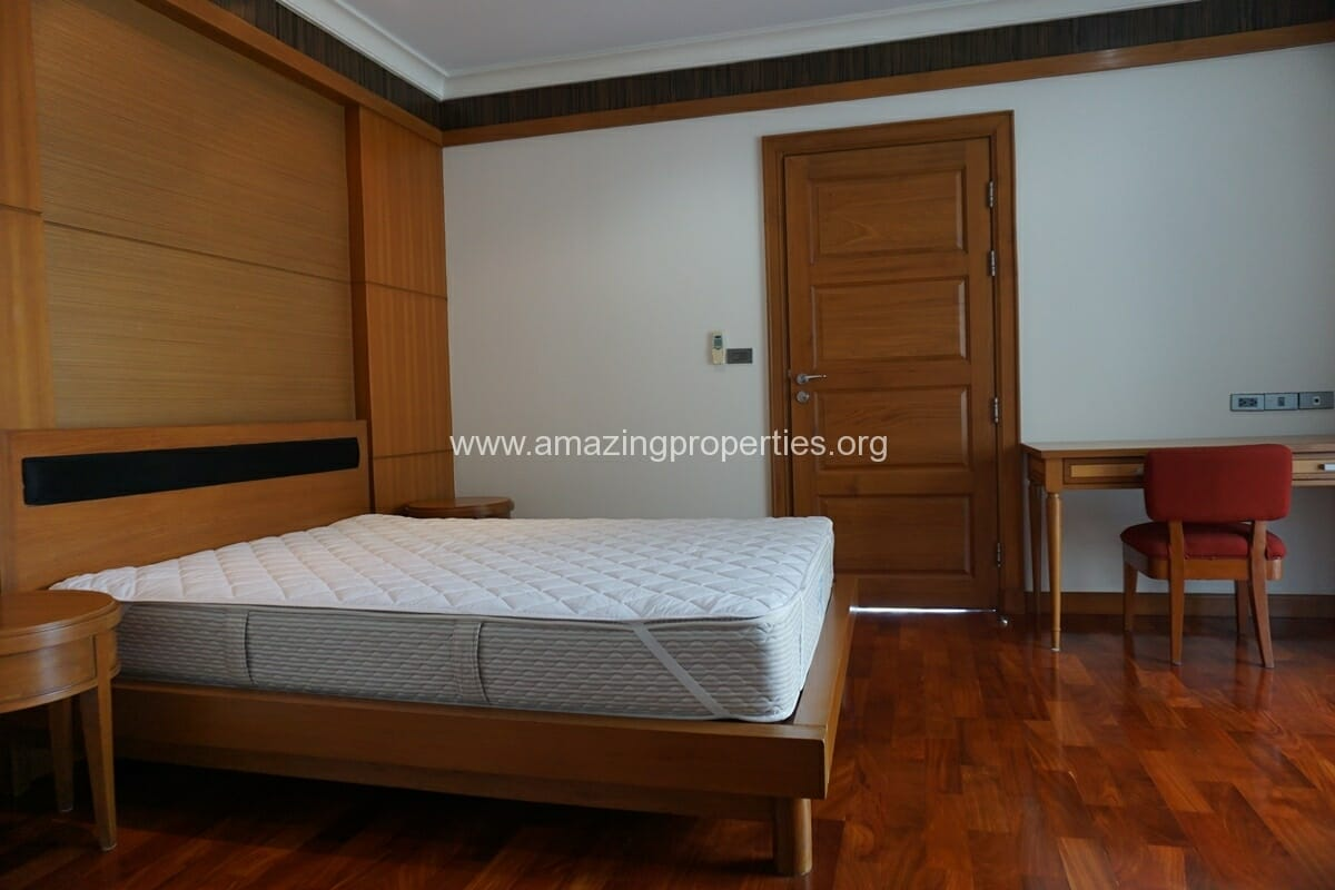 4 Bedroom Apartment for Rent BT Residence (43)