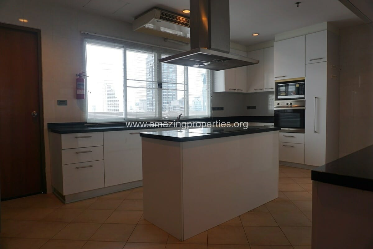 4 Bedroom Apartment for Rent BT Residence (60)