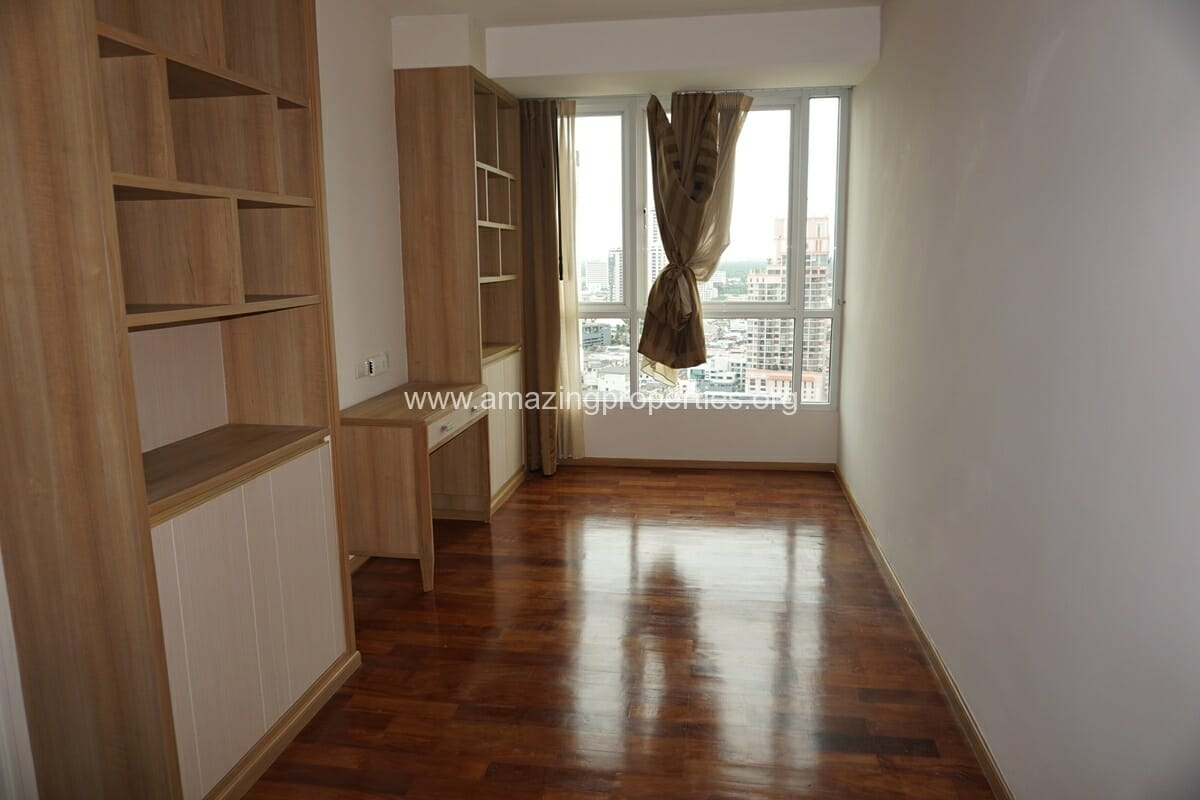 5 Bedroom Penthouse for Rent at GM Serviced Apartment (15)