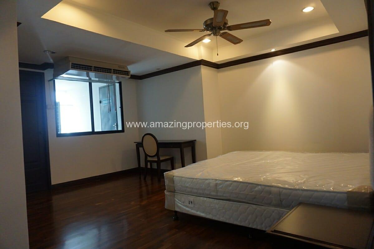 Duplex Penthouse for Rent Jaspal Apartment Sukhumvit 23 (37)