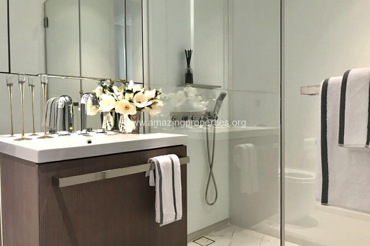 2 bedroom condo 185 Rajadamri (2)
