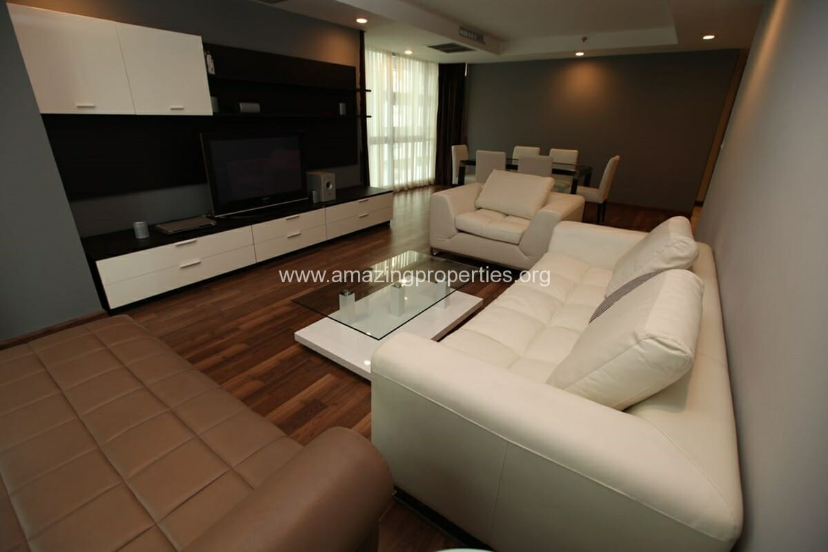 The Rajdamri 2 bedroom condo for Rent