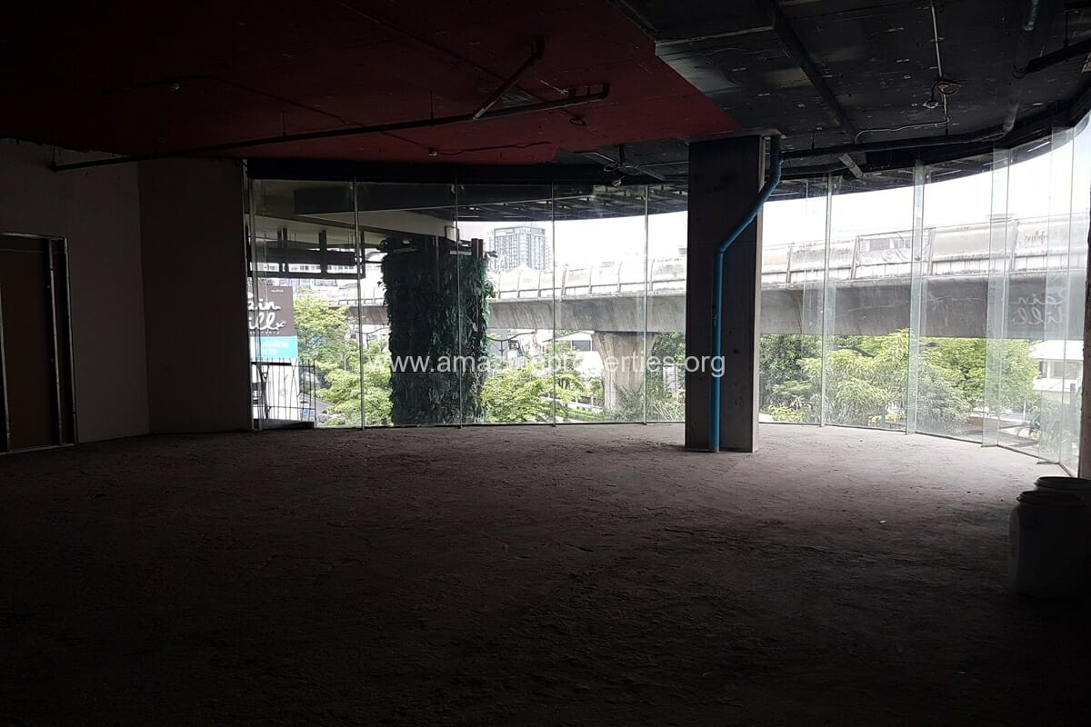 145 Sqm Phrom Phong Commercial space for Rent