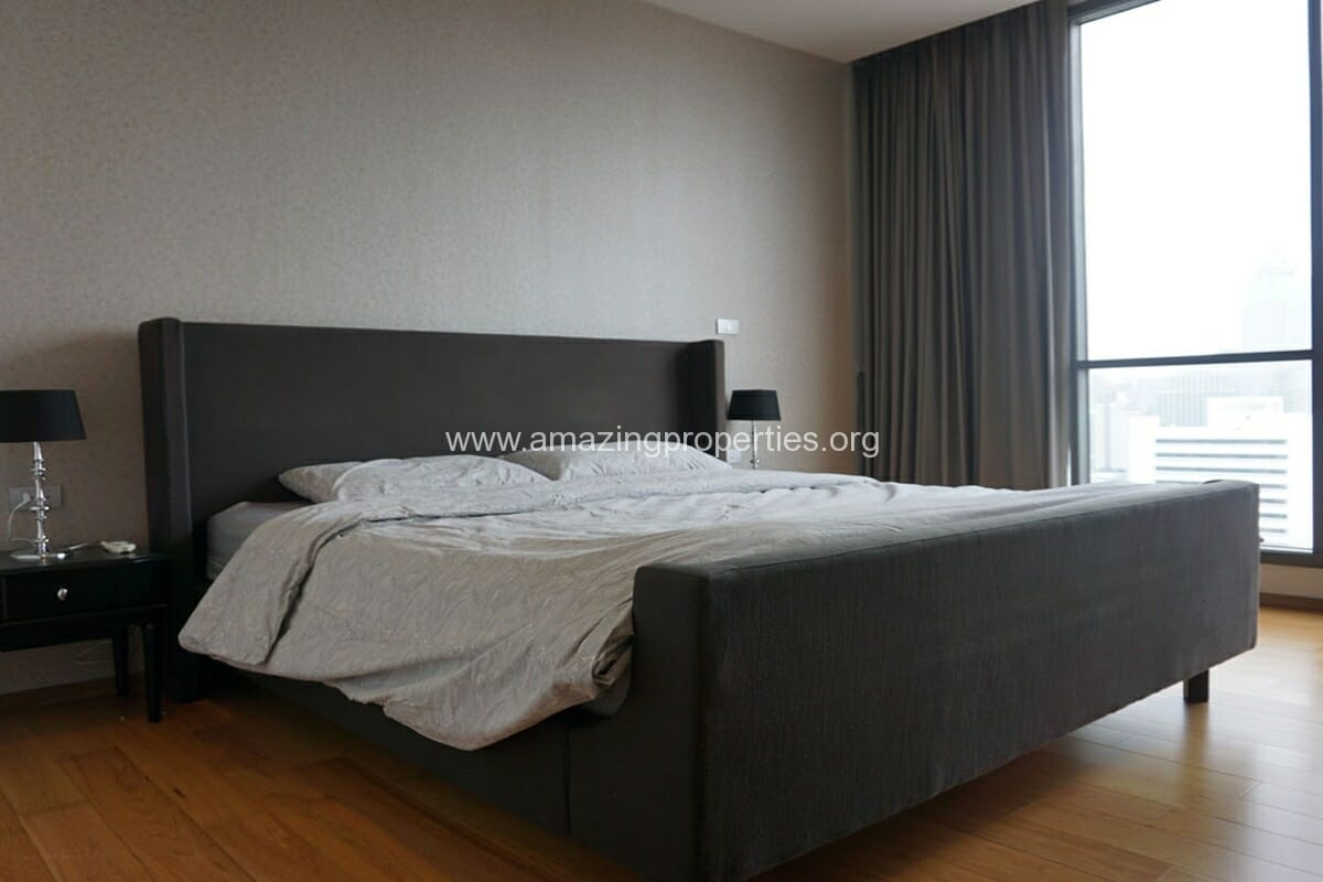 Hyde Sukhumvit 13 Nana 2 bedroom condo for Rent (9)