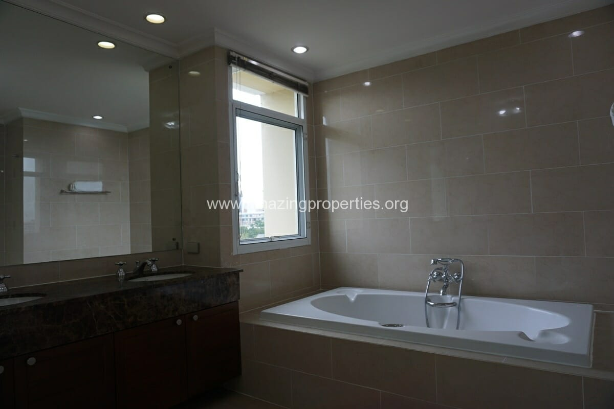 3 Bedroom Condo for Rent Cadogan Private Residence (18)
