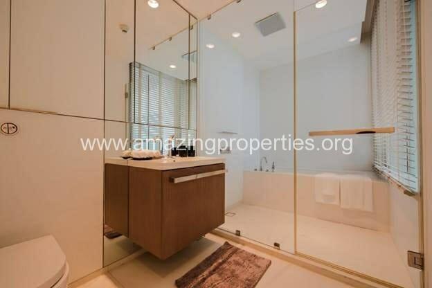 Duplex 2 bedroom condo 185 Rajdamri (3)