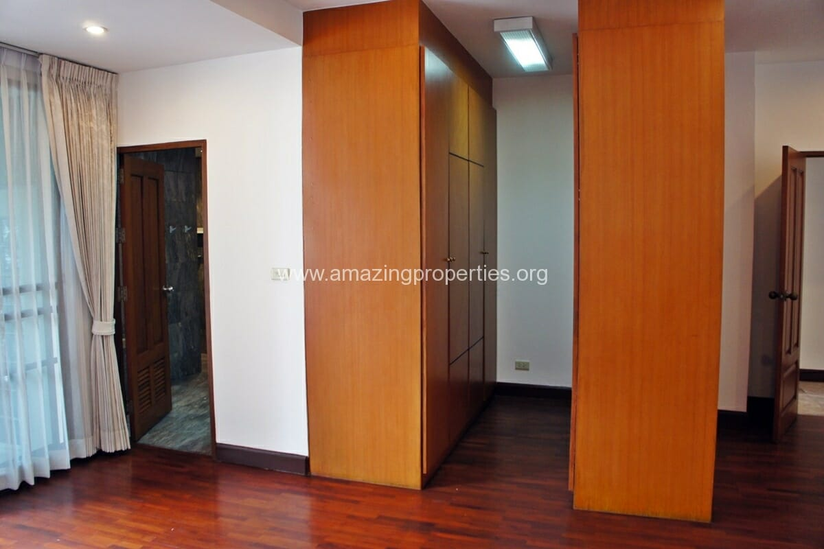3 Bedroom Apartment for Rent at Raintree Village Apartment (16)