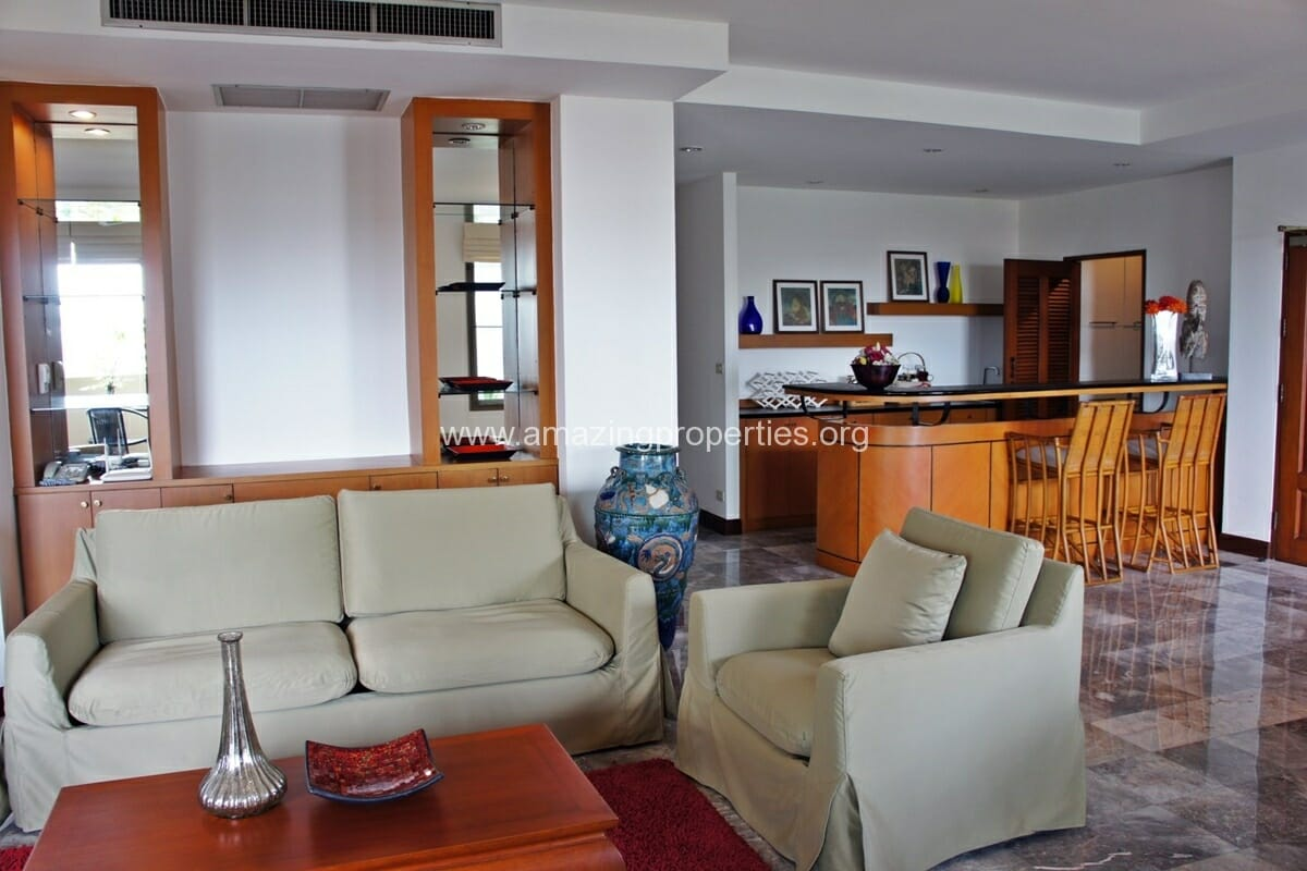 3 Bedroom Apartment for Rent at Raintree Village Apartment (9)