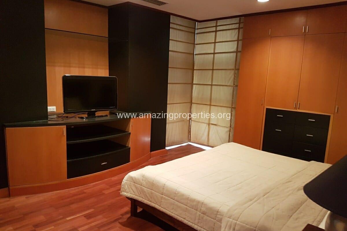 Baan Somthavil 2 Bedroom condo for Rent (10)