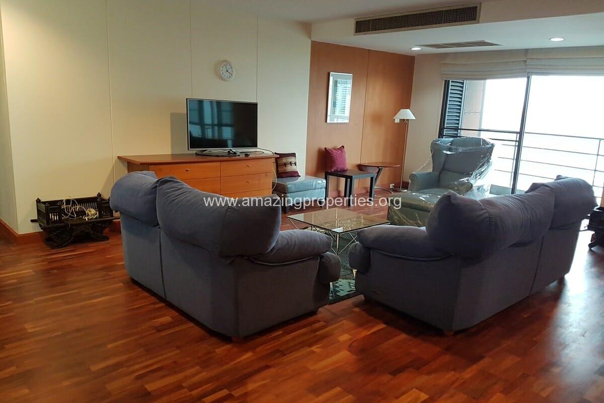 Baan Somthavil 2 Bedroom condo for Rent (4)