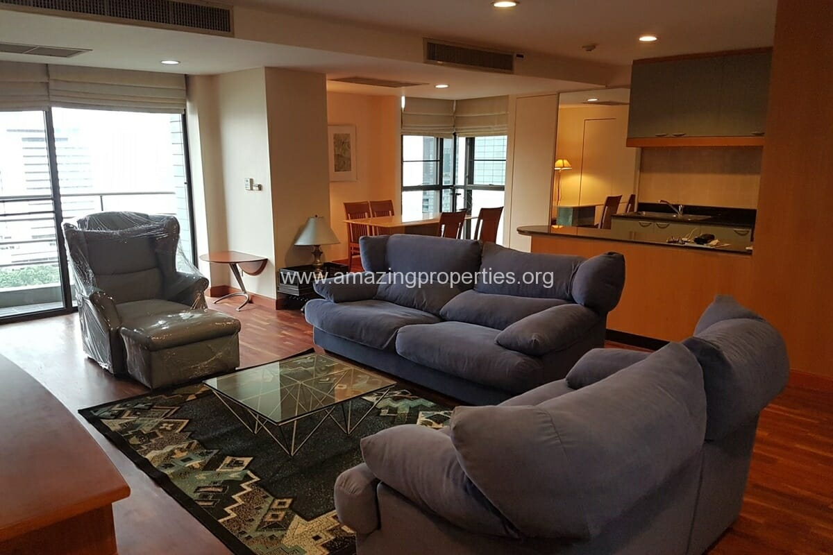 Baan Somthavil 2 Bedroom condo for Rent