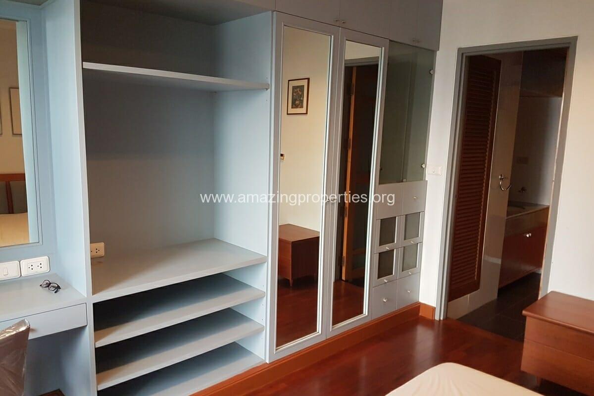 Baan Somthavil 2 Bedroom condo for Rent (8)