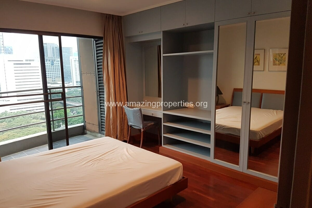 Baan Somthavil 2 Bedroom condo for Rent (9)