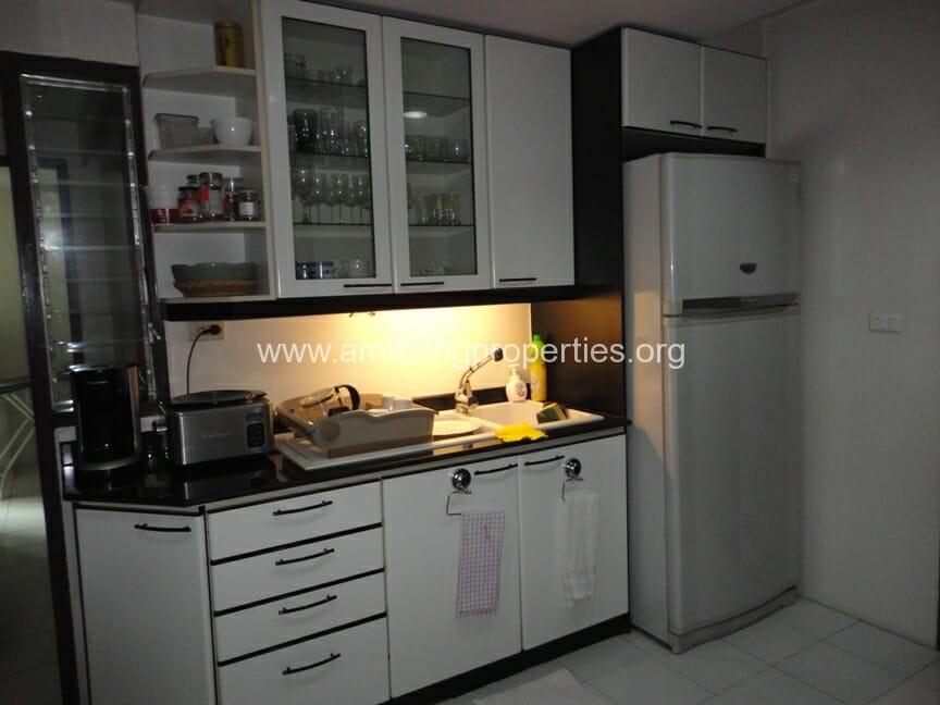 Baan Somthavil 3 Bedroom Condo for Rent (10)