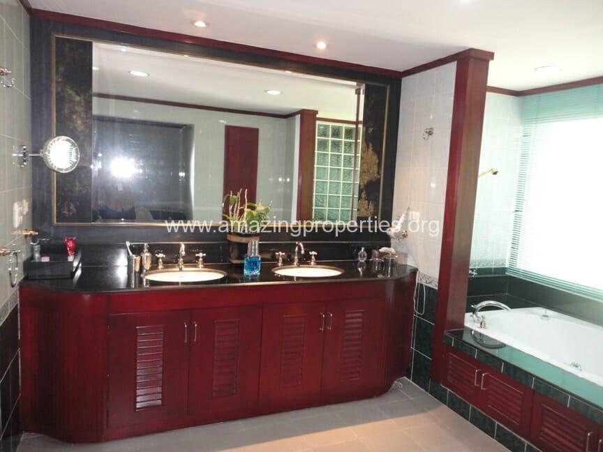 Baan Somthavil 3 Bedroom Condo for Rent (5)