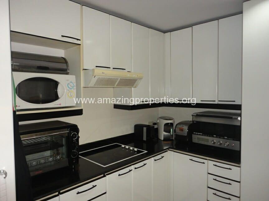 Baan Somthavil 3 Bedroom Condo for Rent (9)