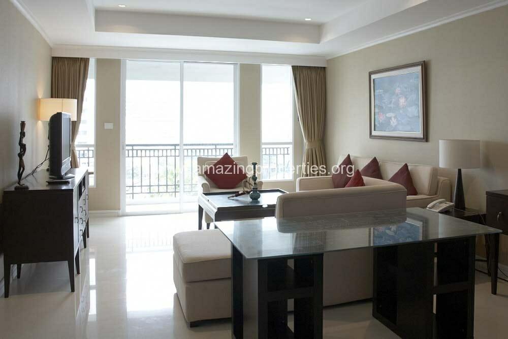 The Oleander 2 Bedroom condo (7)