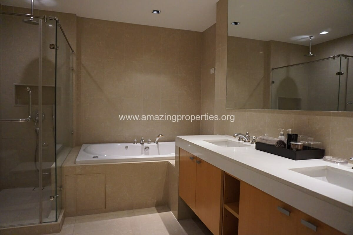 Athenee Residence 3 bedroom condo for Rent (34)