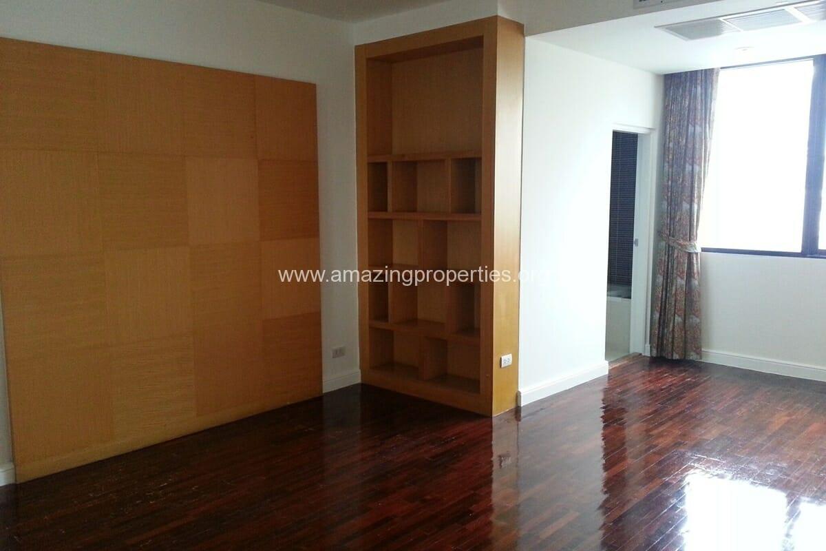 Sukhumvit Casa 5 Bedroom Penthouse for Sale (1)