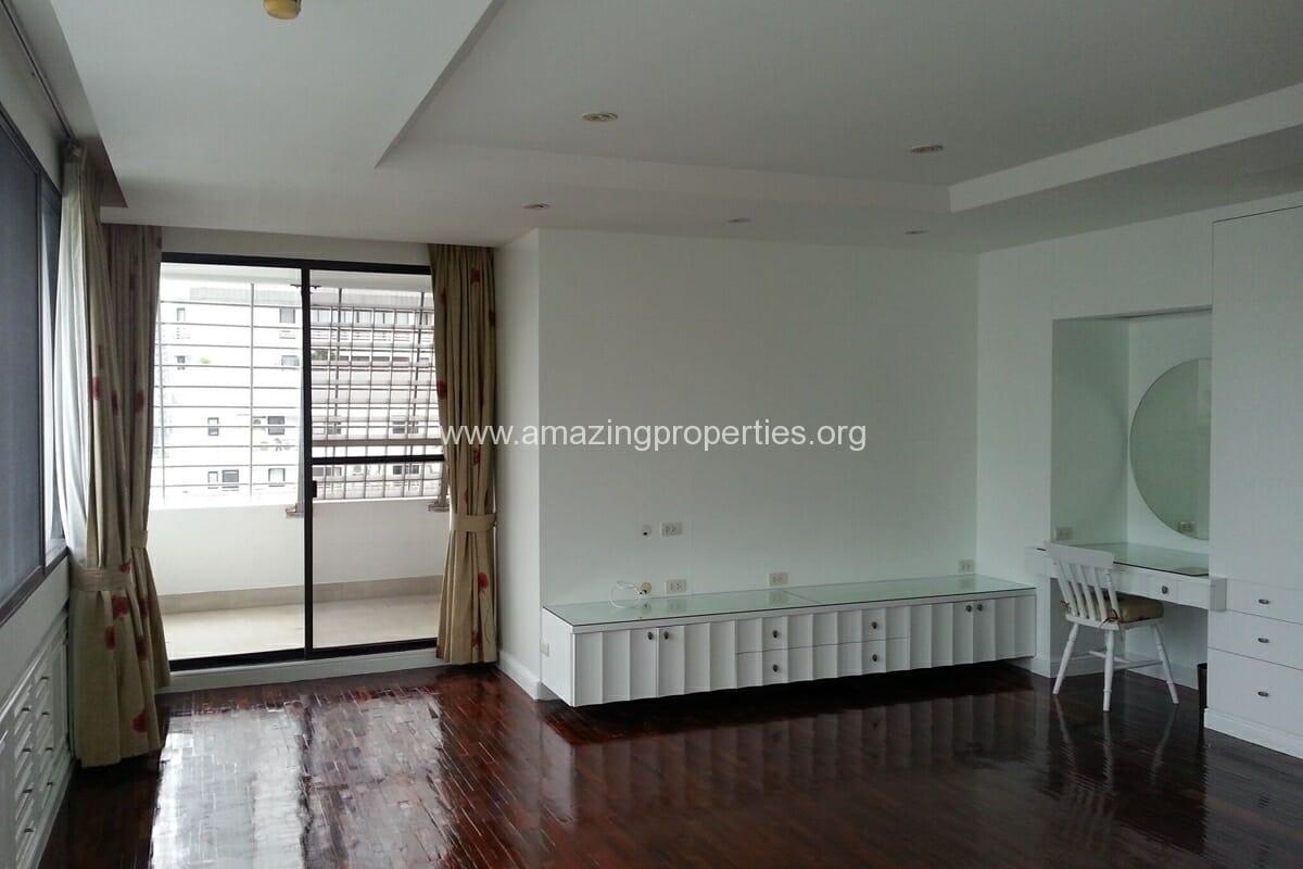 Sukhumvit Casa 5 Bedroom Penthouse for Sale (18)